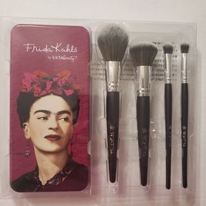 Artist Brush Set and Collector's Tin.